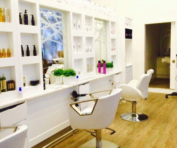BOOKMARK THE MOST AFFORDABLE BLOW DRY IN DUBAI MARINA
